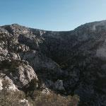 Le col de la Selle est là haut, ensuite descente dans la vallée à droite