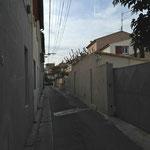 Rue Louis Conte avec ses nombreuses maisons à Mazargues