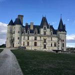 Le château de la Rochefoucauld, à 10 km de Montbron