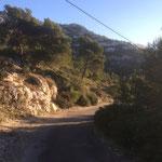 Route vers la calanque de Morgiou