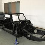 Un chassis de DS berline en attente