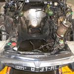 Une fois le moteur démonté, on voit de la graisse partout