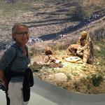 Gisèle dans le musée des aurignaciens