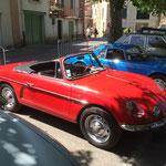 Une Alpine cabriolet, l'arrière ressemble à la Floride