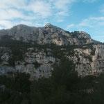 Le sommet de Marseilleveyre en face de mpi