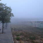 La gare Aix-TGV sous le brouillard
