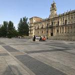 Place à León