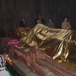 クシナガル涅槃像