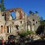 Mauern der romantischen Burg