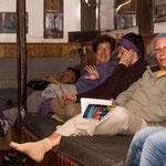 Pilgrim relaxing at the albergue in Güemes