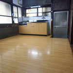 高齢による足腰の筋力低下。台所の床嵩上げ工事