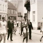 1958 - Festzug durch die Armlandstrasse zum 50. Jubiläum