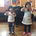 姉妹で一緒に弾いてみましょう♪