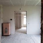 Und schon sind die ersten Wände verputzt...