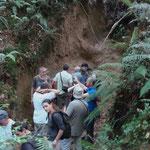 Les visiteurs dans la couche des molasses de l'Agenais (doline de Restey)