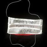 """Magdalena Pelmus, маска """"There is no place like home"""", Белое белье, красный хлопок внутри, сшито вручную, резинкой, цвет ткани"""