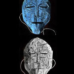 "Maske 12 ""Shunyata"" von Sirwan Dawod, 2020, Kartonpapier, Faden, Acrylfarbe, geklebt, geschnitten, gefärbt / Unikat"