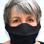 """Mask 22 """"THATSART"""" by Waltraud Jungwirth, 2020, T´nalak, handwoven from the leaf fibers from a type of palm from the Philippines, completely washable"""