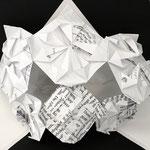 """Maske """"Papermagic"""" von Valeria Lehner, April 2020, Fröbel Origami, aus original alten Mathematikschularbeiten, Einzelexemplar, Preis EUR 37 inkl. USt."""