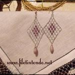 Rombo argento e perline viola