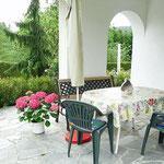 Eigene Terrasse zur Ferienwohnung