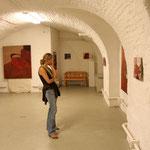 """Eva Hradil, """"101 Selbstportraits"""", Ausstellungsansicht Galerie Peithner-Lichtenfels, Foto: Günter Schweitzer"""