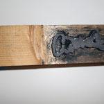 geschnitzter Holzstempel für die Figur von Heini Heidbrede / meine Schlüsselfigur