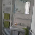 Duschbad unten im Ferienhaus Ele im Sonnenhof auf Borkum