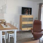 Wohn- Essbereich im Ferienhaus Ele im Sonnenhof auf Borkum