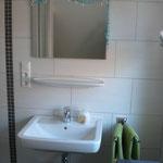 Duschbad oben im Ferienhaus Ele im Sonnenhof auf Borkum