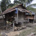 Vorratsspeicher im Hmong Dorf