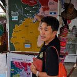 """Ankunft mit unserem Führer beim """"Goldenen Dreieck"""". Hier trifft Laos, Burma (Myanmar) und Thailand zusammen"""
