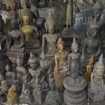 Tausende Buddhafiguren wurden während des Indochina-Krieges hier versteckt