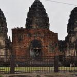 "Die ""Affenstadt"". Der Tempel Prang Sam Yot in Lopburi"
