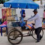 Fahrende Garküche in Luang Prabang