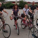 """Mit den Fahrräder unterwegs im """"Sukhothai Historical Park"""""""