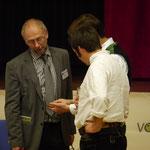 Dr. Konrad Rühl (links) im Gespräch