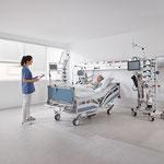 Bei der Patienten-Anamnese ist das Gewicht oft entscheidend. Die Waage misst auf 200 Gramm genau.
