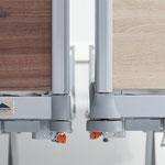 Die Variante lino (links) ist 4 cm schmaler als das Puro Standard (rechts) und erleichtert das Manövrieren.