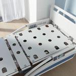 Die stabile Liegefläche aus Vollkunststoff eignet sich optimal für die maschinelle Aufbereitung