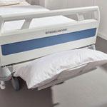 Die Bettzeugablage des Evario ist z. B. während des Bettenmachens sehr praktisch.