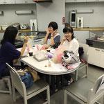 横浜から同期がかけつけてくれました。それから、東京から引越されたNさんです。