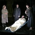 Michaela Fussi (Haushälterin) , Michael J. Schwendinger (Dr. Carrasco) , Rene Rumpold (Don Quixote) , Daniel Strasser (Padre) , Sabine Mach (Antonia)
