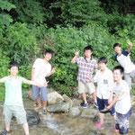 川遊びへ。