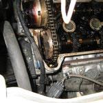 最近のエンジンに使われているタイミングチェーンという部品にも影響が出てしまうかもしれません