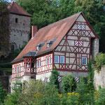 Die Venning'sche Burg, das Wahrzeichen von Neidenstein. Einen Steinwurf davon entfernt feierten Hadi und Bärbel.