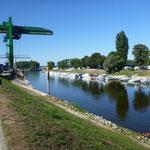 Der Floßhafen in Worms als sicherer Nächtigungsplatz.