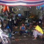Motorradwerkstatt in Bangkok