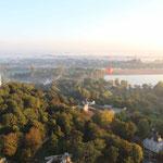 vue aérienne sur Gennes en automne