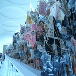 """Leaves of grass"", Geoffrey Farmer in Neue Galerie"